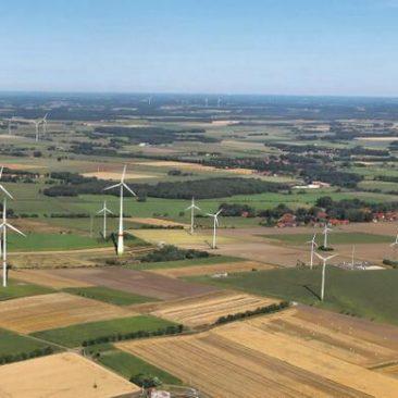 Fracking-wells-and-Windturbines-in-Germany.jpg